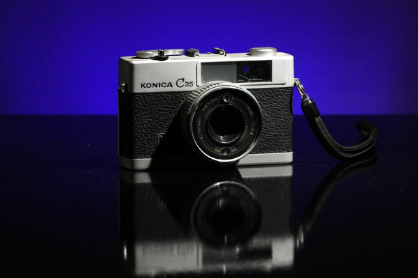 gel_camera_black-1
