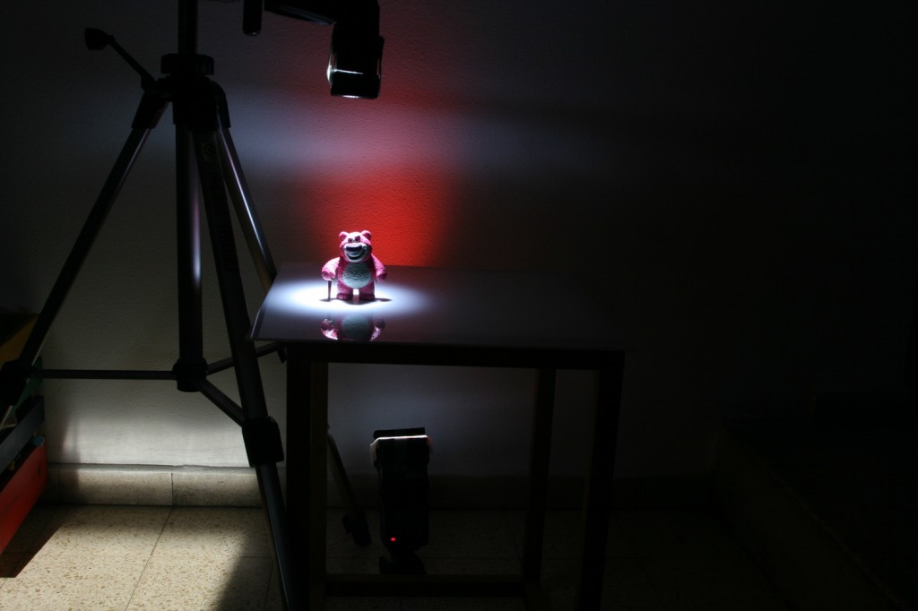 two lights setup for product photography
